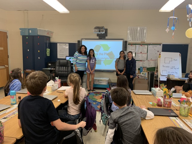 Students from the 5th grade W.E. Cottle Environmental Panel visited Mrs. Scrivo's class.