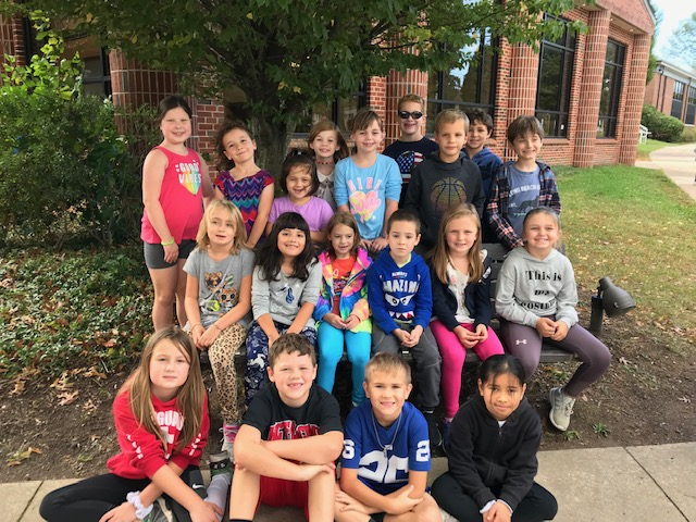 2nd Graders at Alex's Lemonade Stand