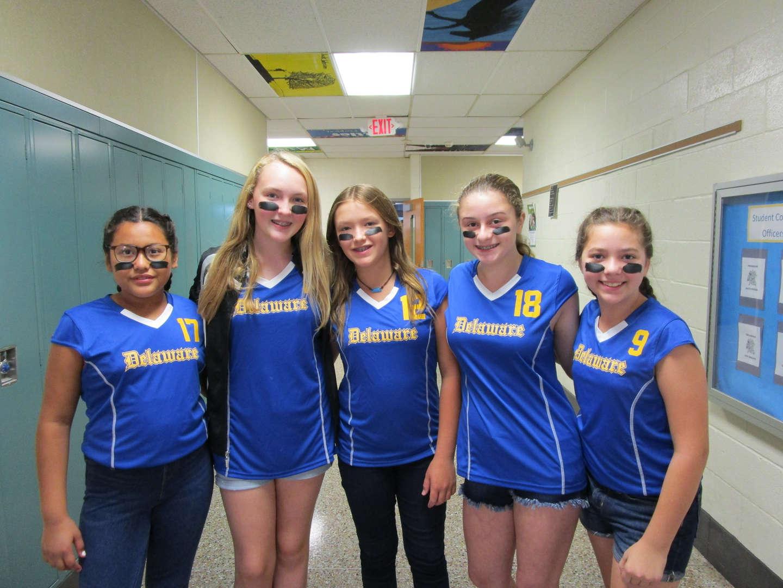 Volleyball Players Show Team Spirit