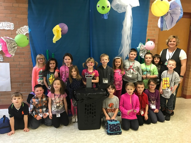 Mrs. Frescura's Class with 8 pounds!