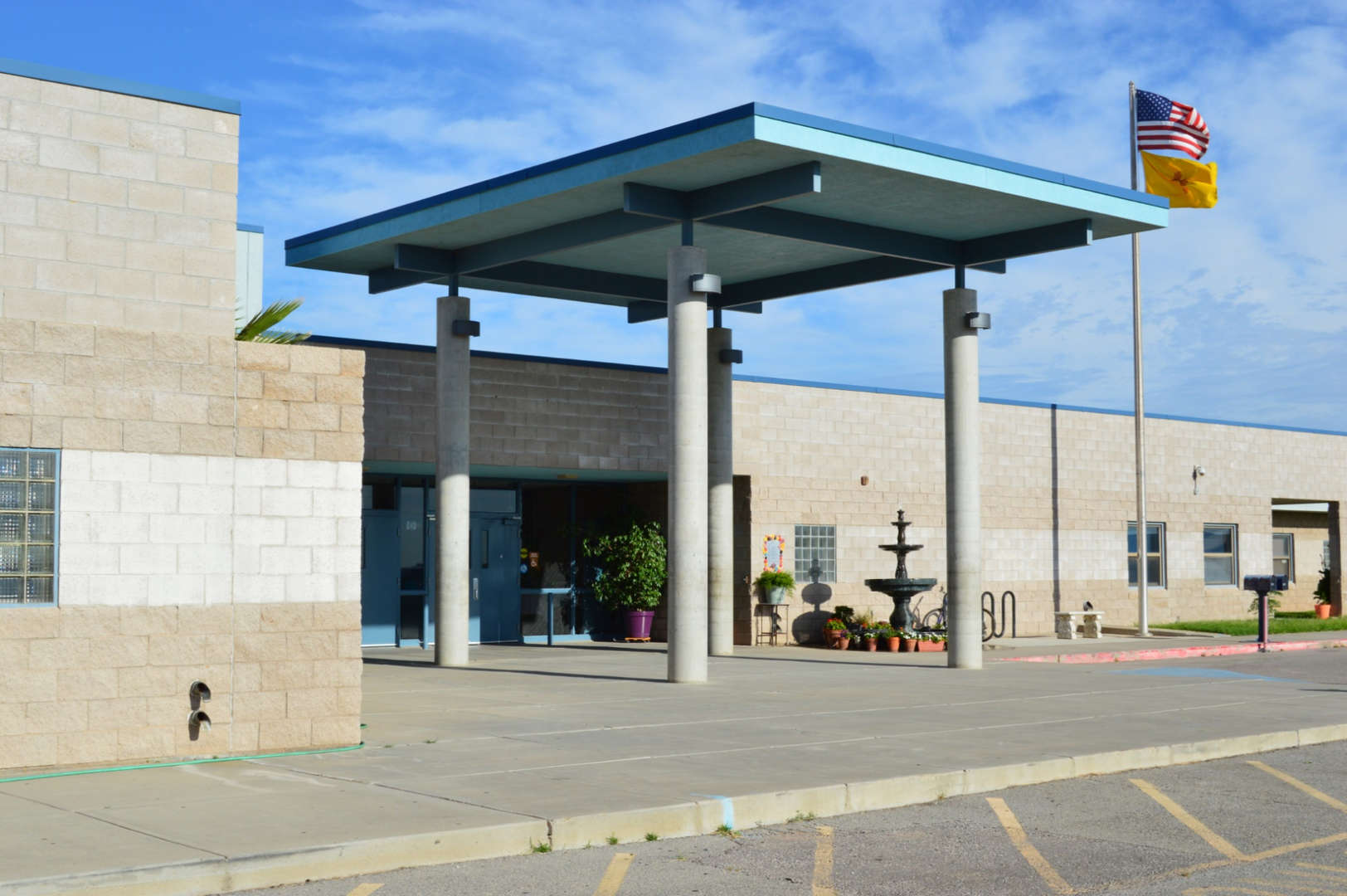 Chaparral Midlle School front entrance img