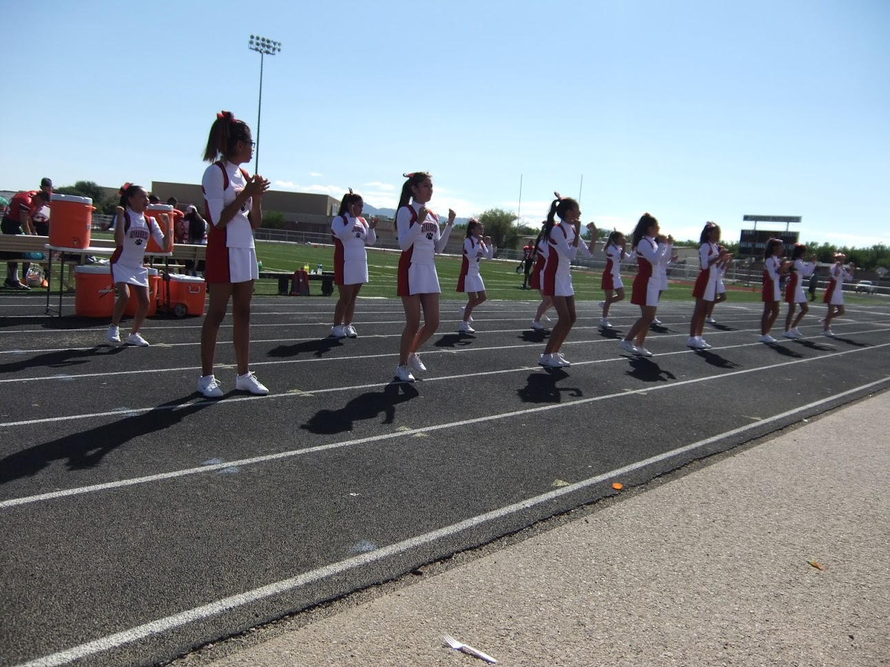Gadsden Middle School cheerleaders