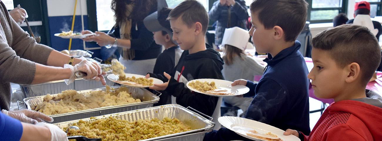 3rd Grade Thanksgiving Feast