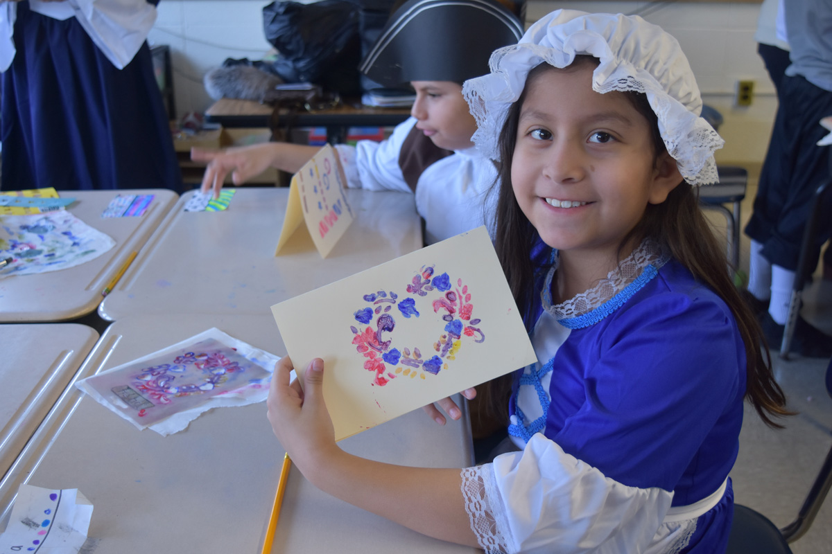4th grade students enjoy Colonial Day