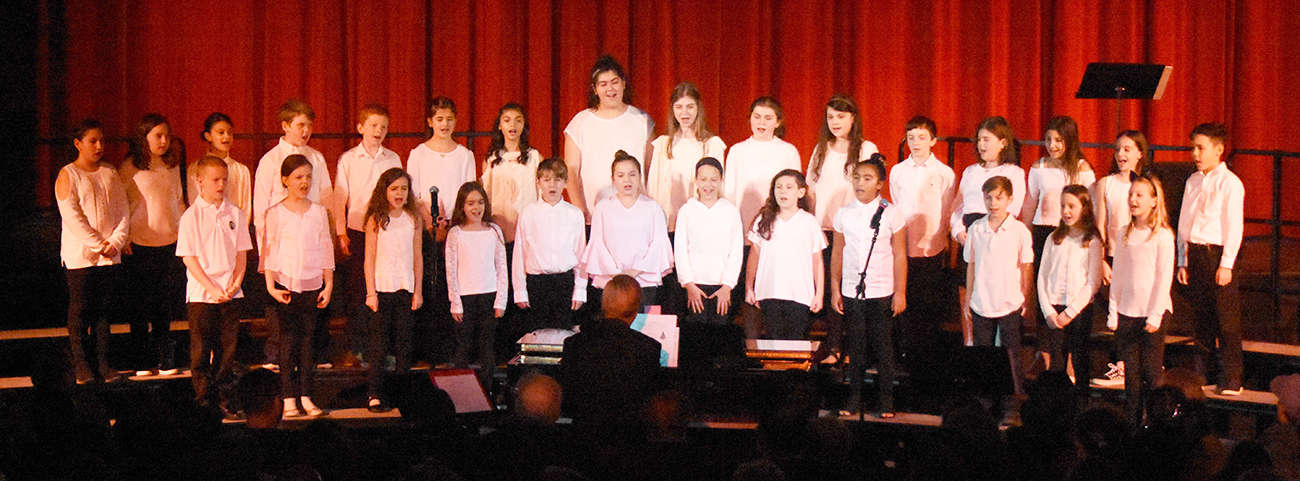 The Troubadours 5th grade singing group
