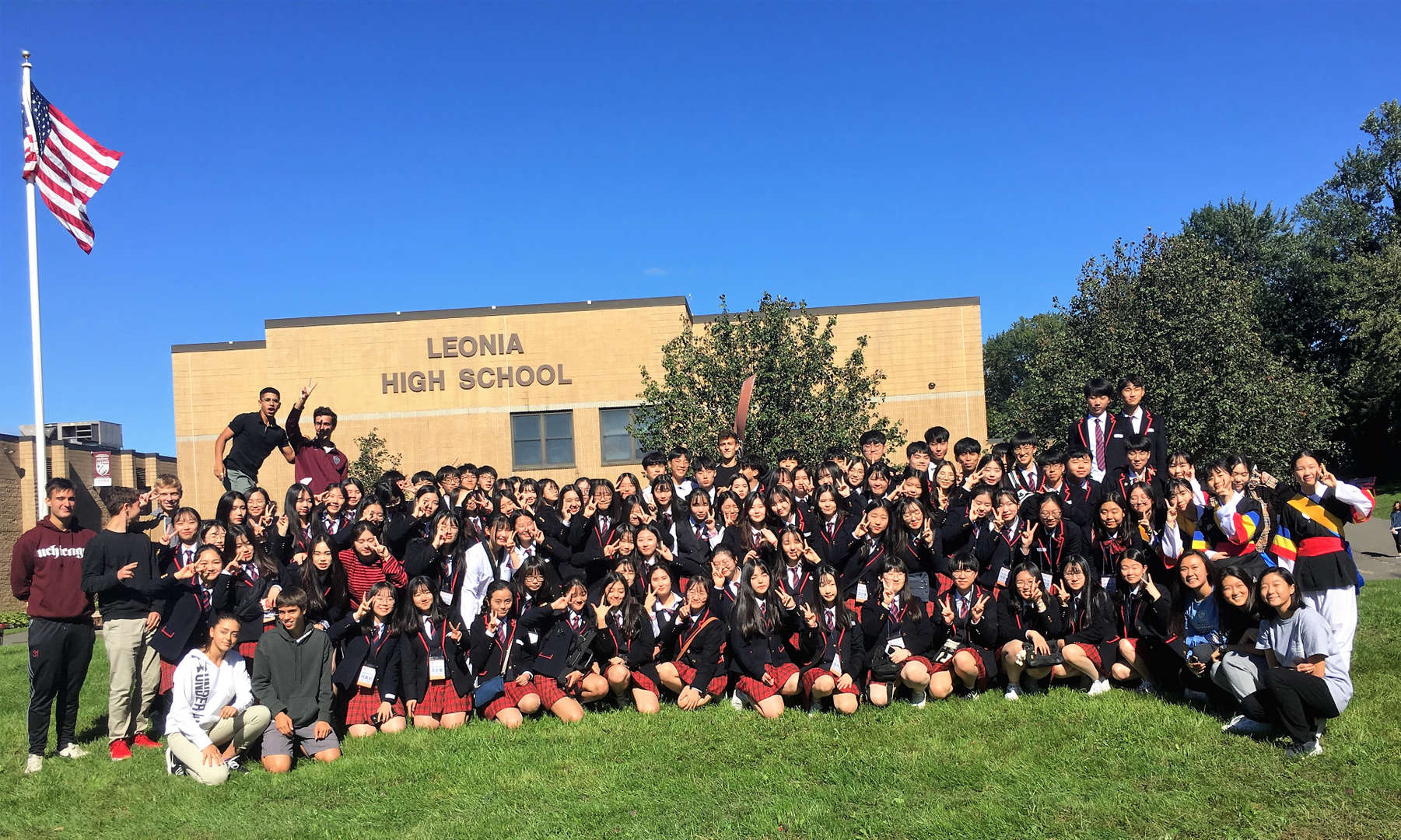 LHS had a visit of about 100 10th grade students and 5 educators from Dongtan Global High School in Korea.