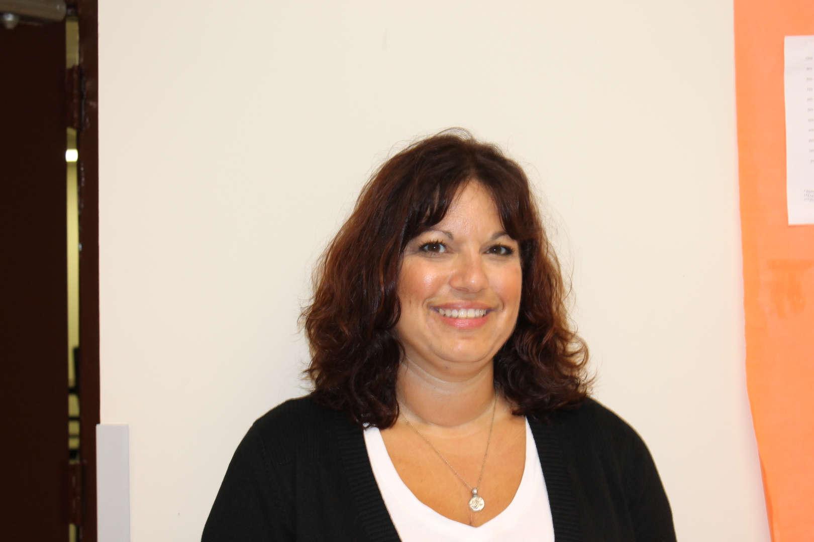 Donna Lobato,Principal