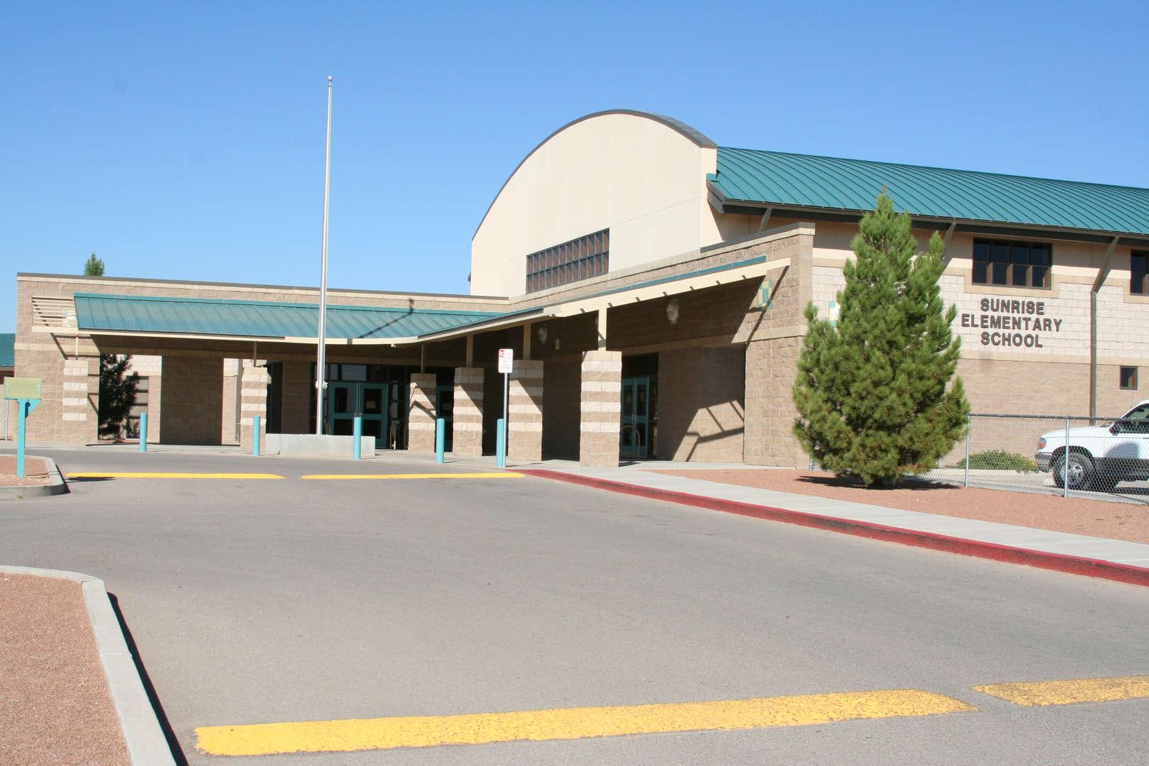Sunrise Elementary front fascade