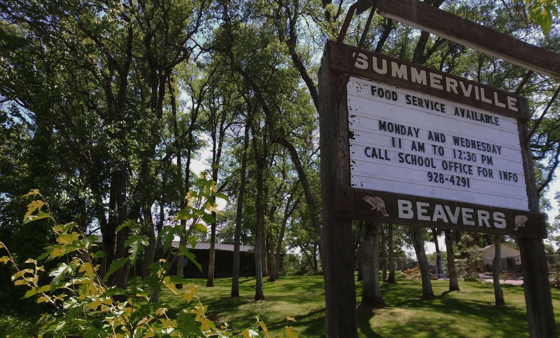 Summerville Elementary School Entrance