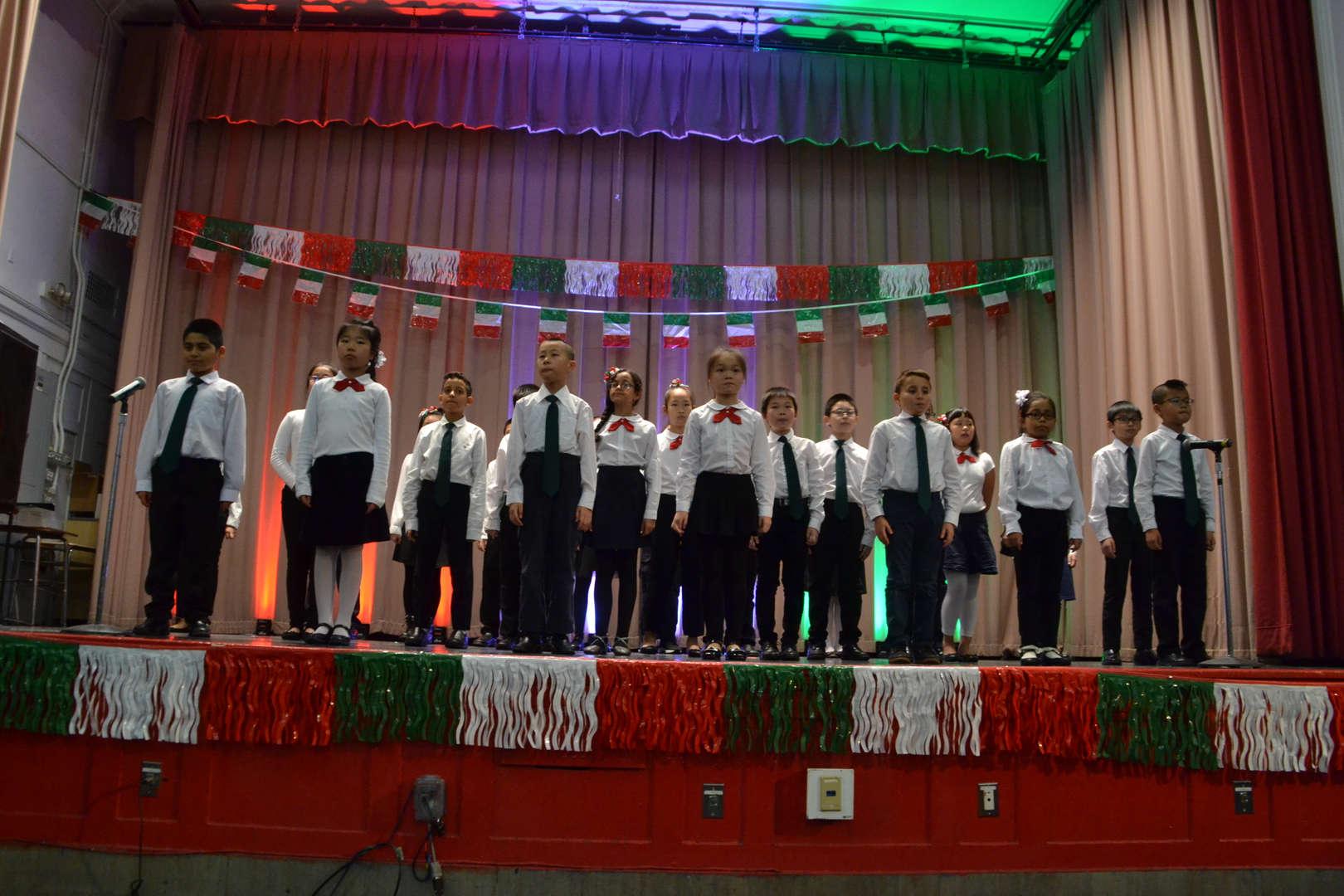 Il Canto Degli Italiani(Italian National Anthem)-MS. Anna D'Agostino, Class 5-4