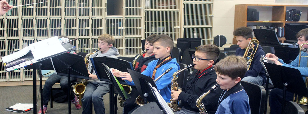 Under the direction of Mrs. Sica, the Jazz Band rehearses.
