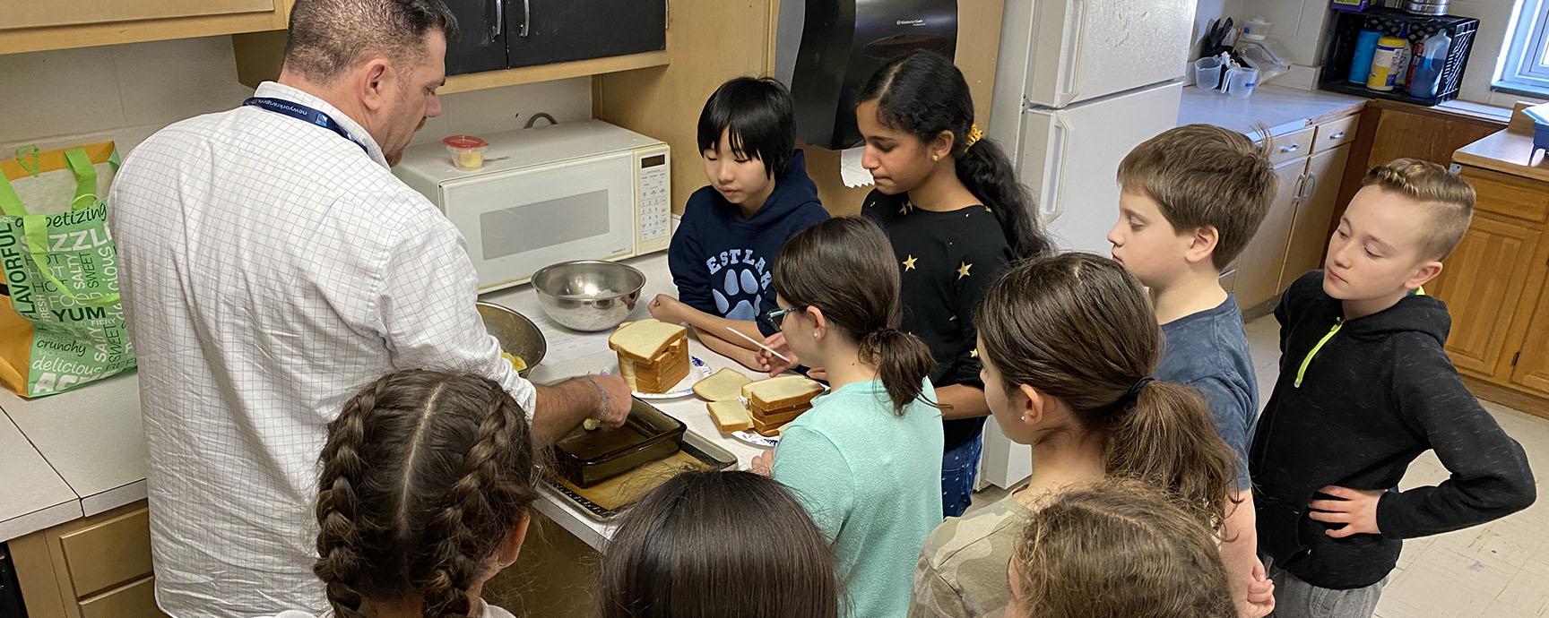 Sixth graders prepare a special Vietnamese dessert
