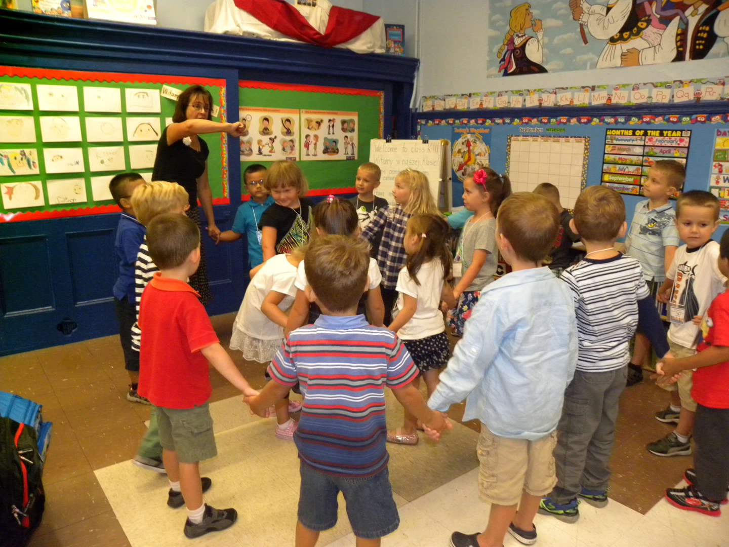 First PS 34 Kindergarten Polish Dual Program students singing in the classroom