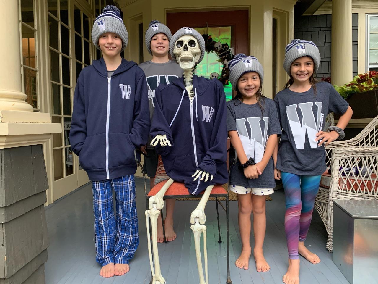 Students wearing Ward gear for Ward Spirit Day.