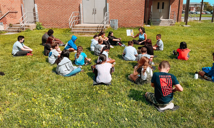 """Learning """"al aire libre""""."""