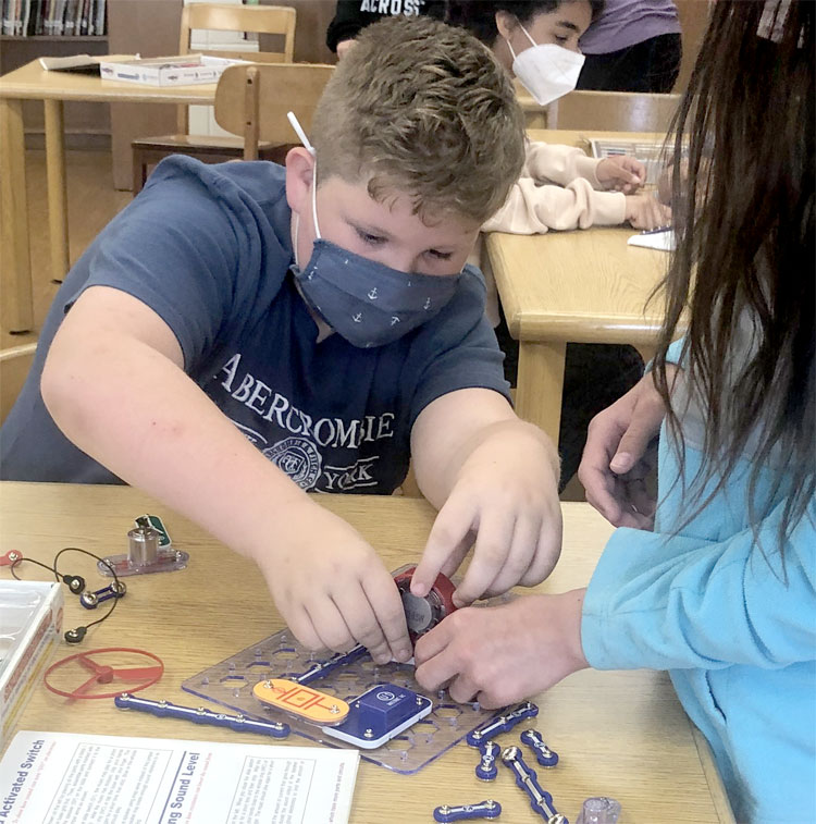 Our 5th graders loved working on snap circuits with the wonderful Ms. Costello