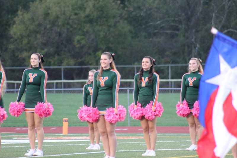 Cheerleaders  Pre Game