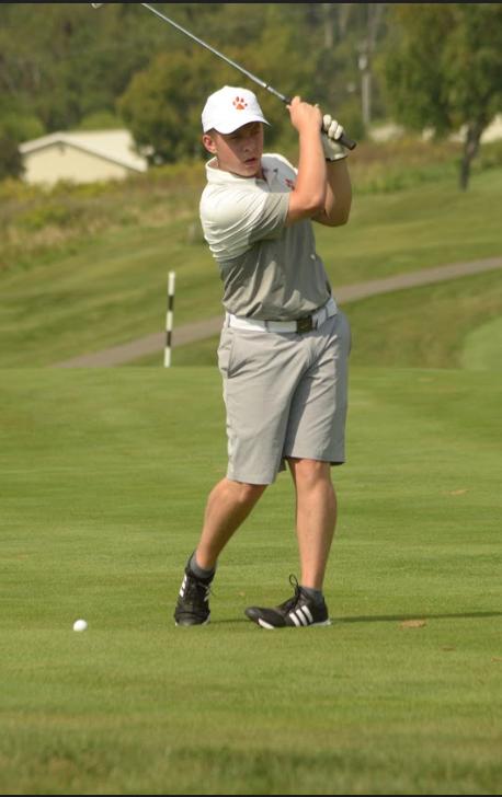 Golf Team - Logan