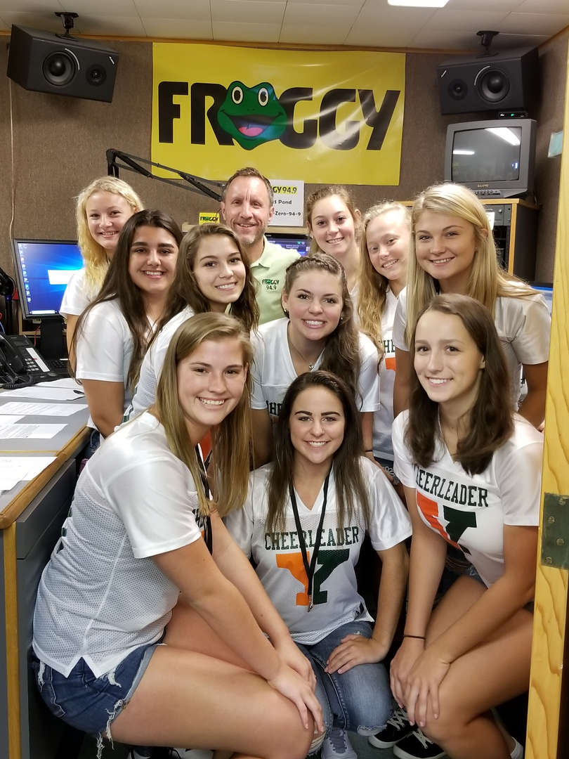 Yough Cheerleaders @Froggy 94.9 Studio 9/7/18