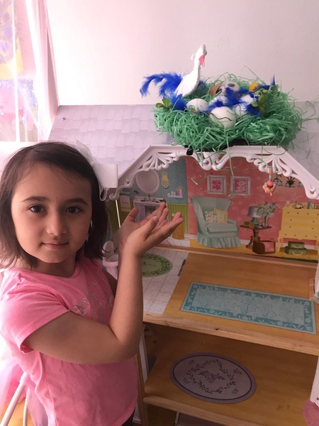 girl presents her work