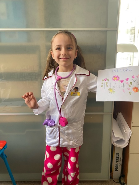 student thanks doctors