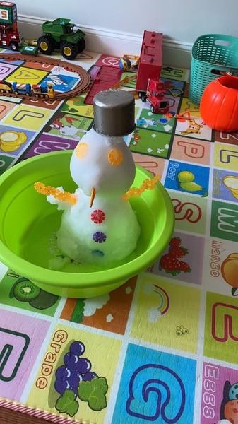 indoor snowman