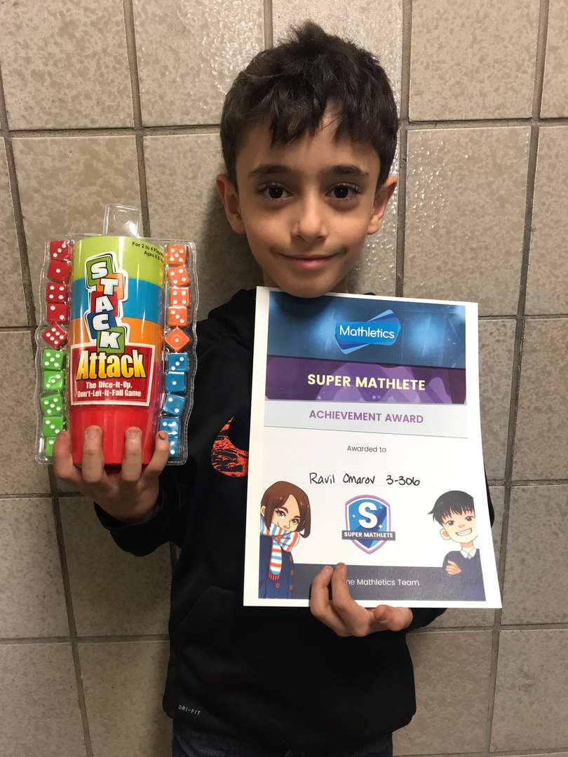 Ranvil holds math game and award.