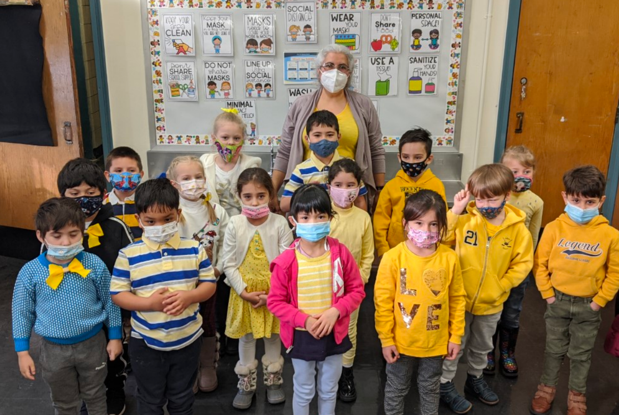 kindergarten students wear yellow
