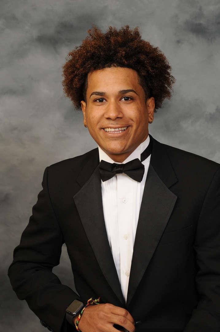 Senior Portrait of Angel Correa