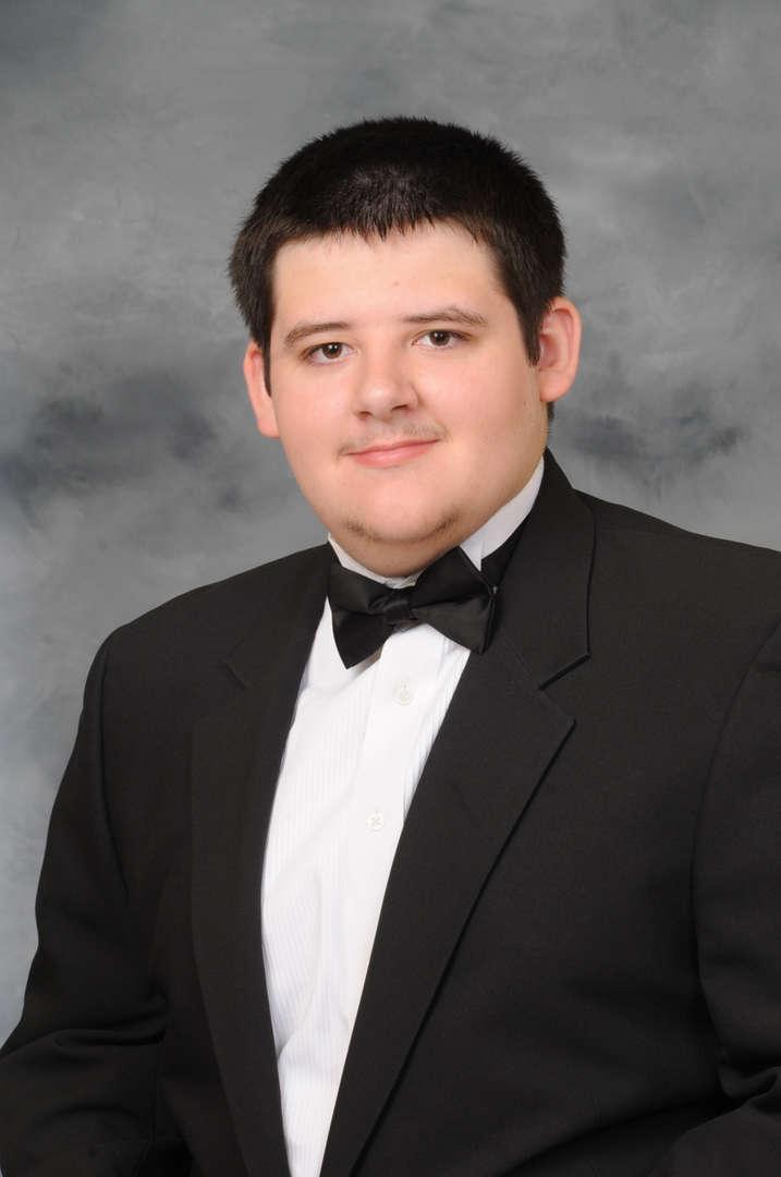 Senior Portrait of Austin Brunner