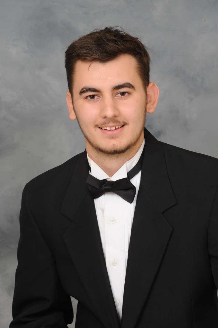 Senior Portrait of Alexsander Perkovic