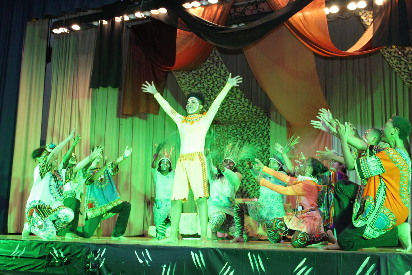 Green overlay on dance scene