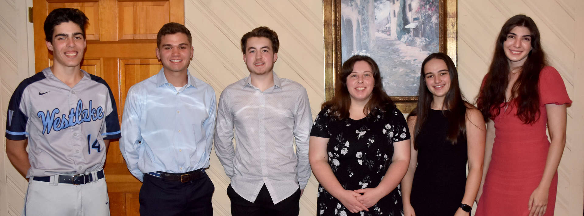 6 students received awards for community service