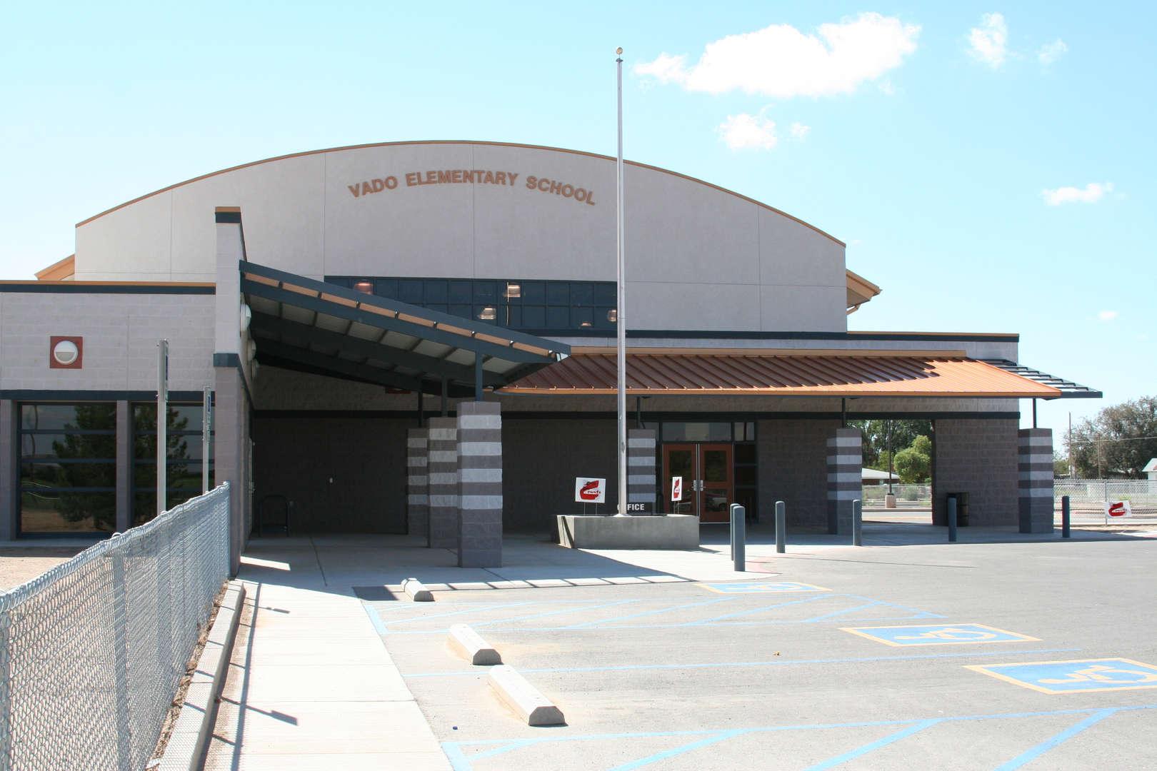 Vado Elementary School front fascade