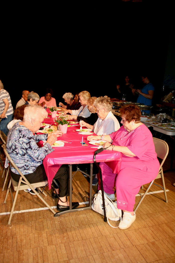 Cottle School welcomed local senior citizens for lunch.
