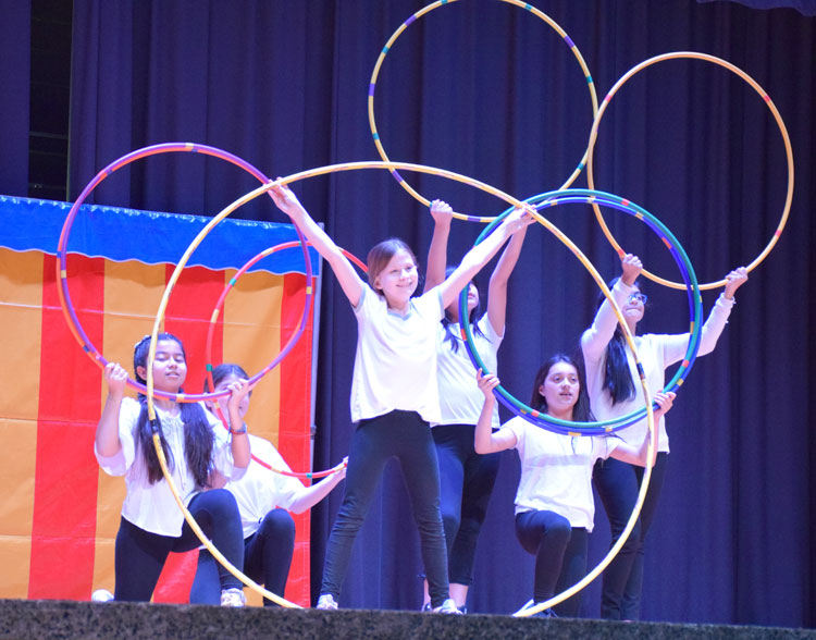 Circus Lincoln Orens Middle School