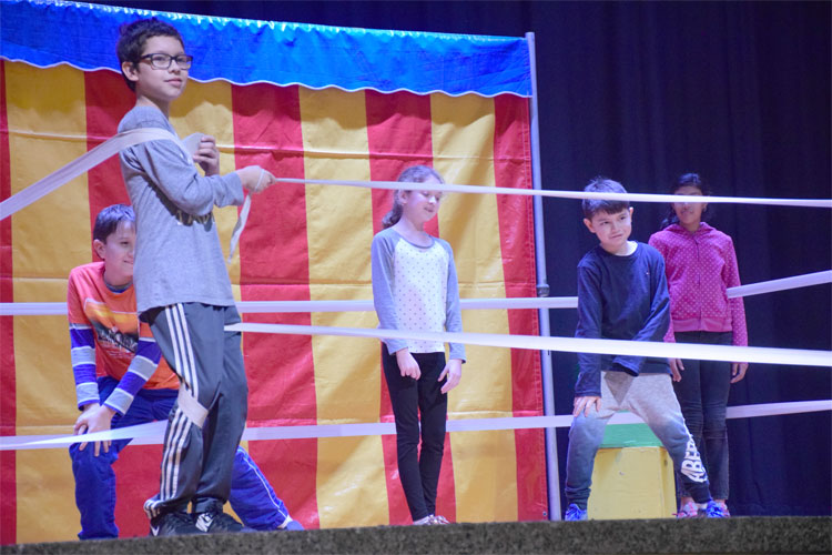 The circus comes to Lincoln Orens