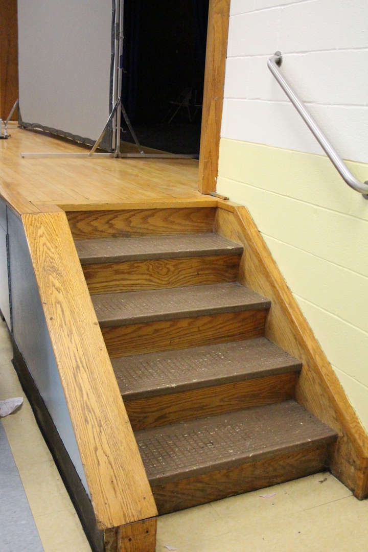 MPES stage stairs