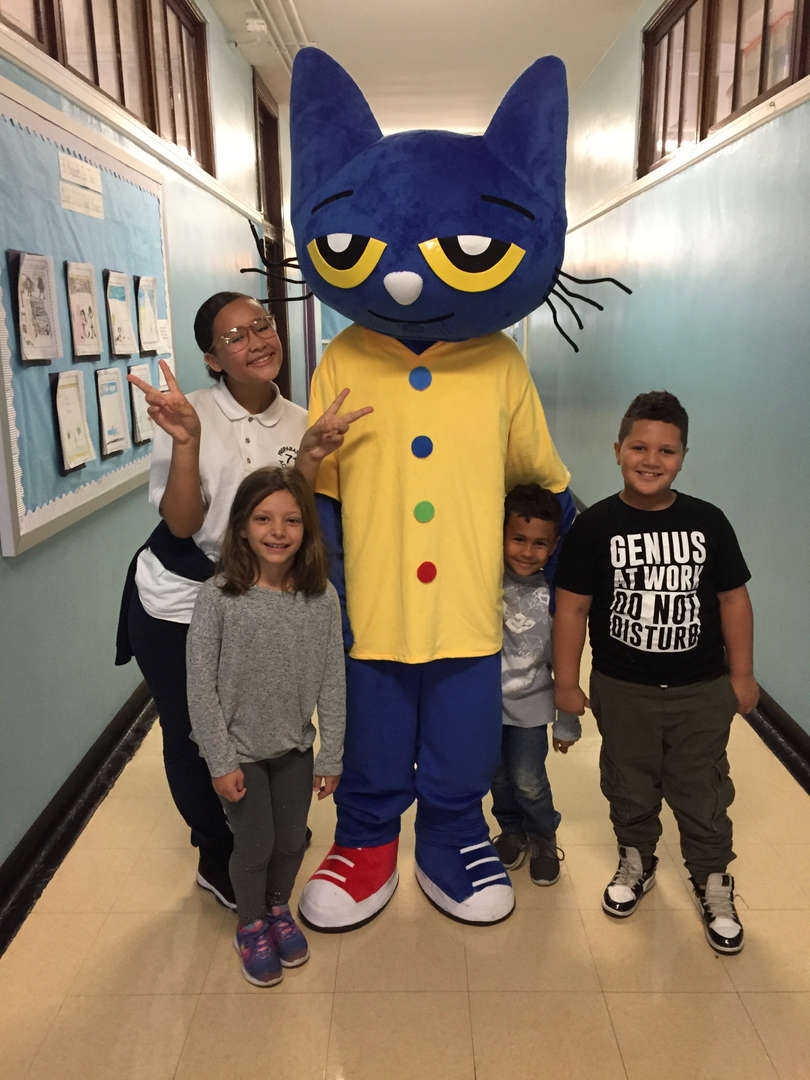 Pete the Cat with 3 other students
