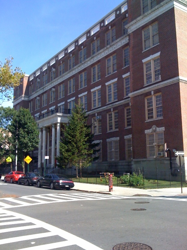 PS 71 building image from corner of Hobart and Roberts