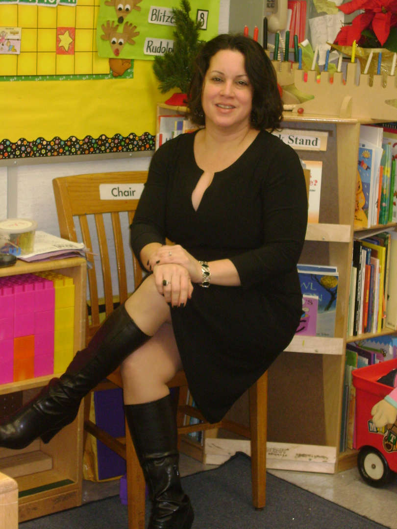 photo of Ms. Anna Ortiz PS 71 parent coordinator