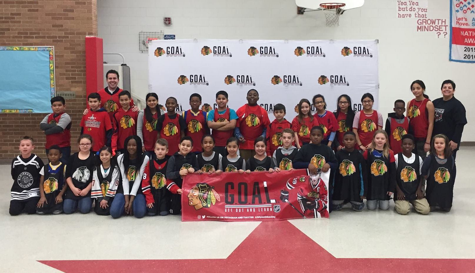 Serena Hills earned an on-site hockey clinic with the Chicago Blackhawks through GOAL.