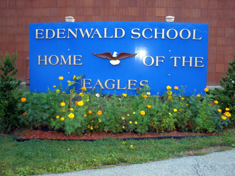 Edenwald School sign