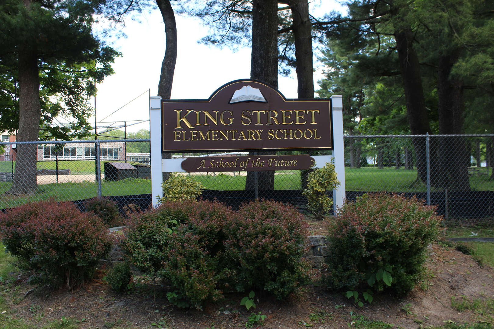 King Street Elementary School sign