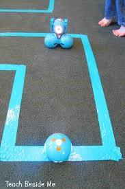 Dash robot maze