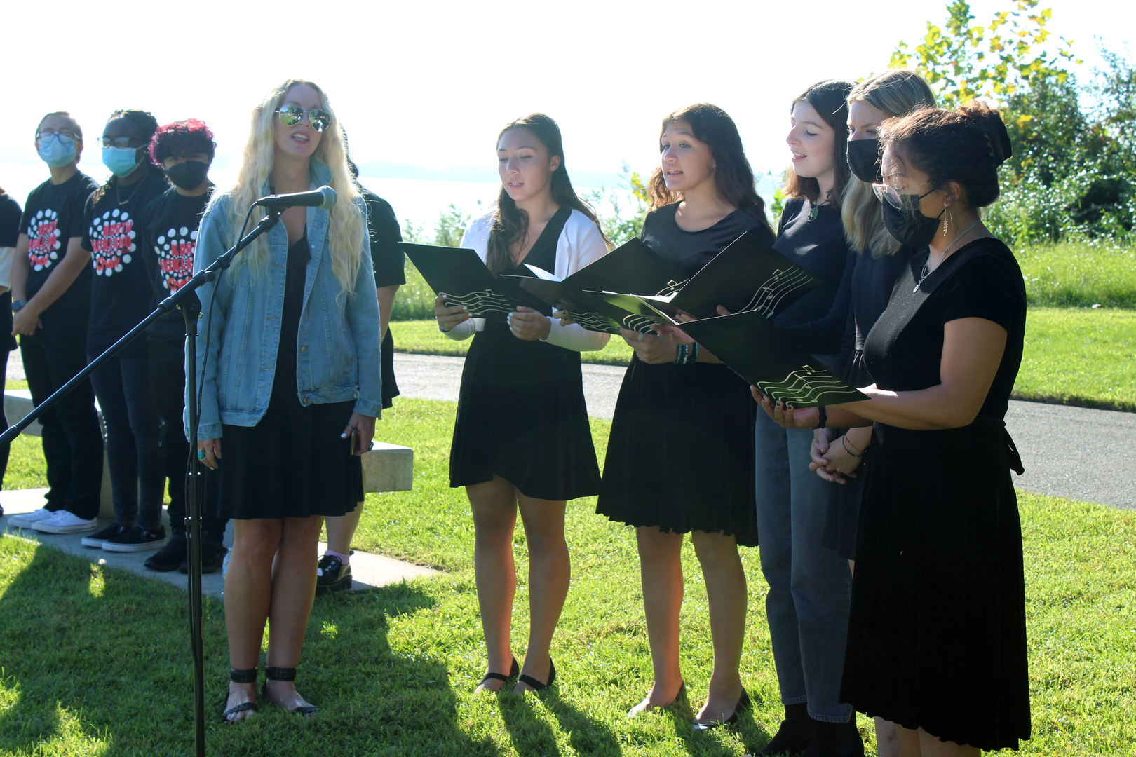 Students sing at 9/11 memorial service ceremony