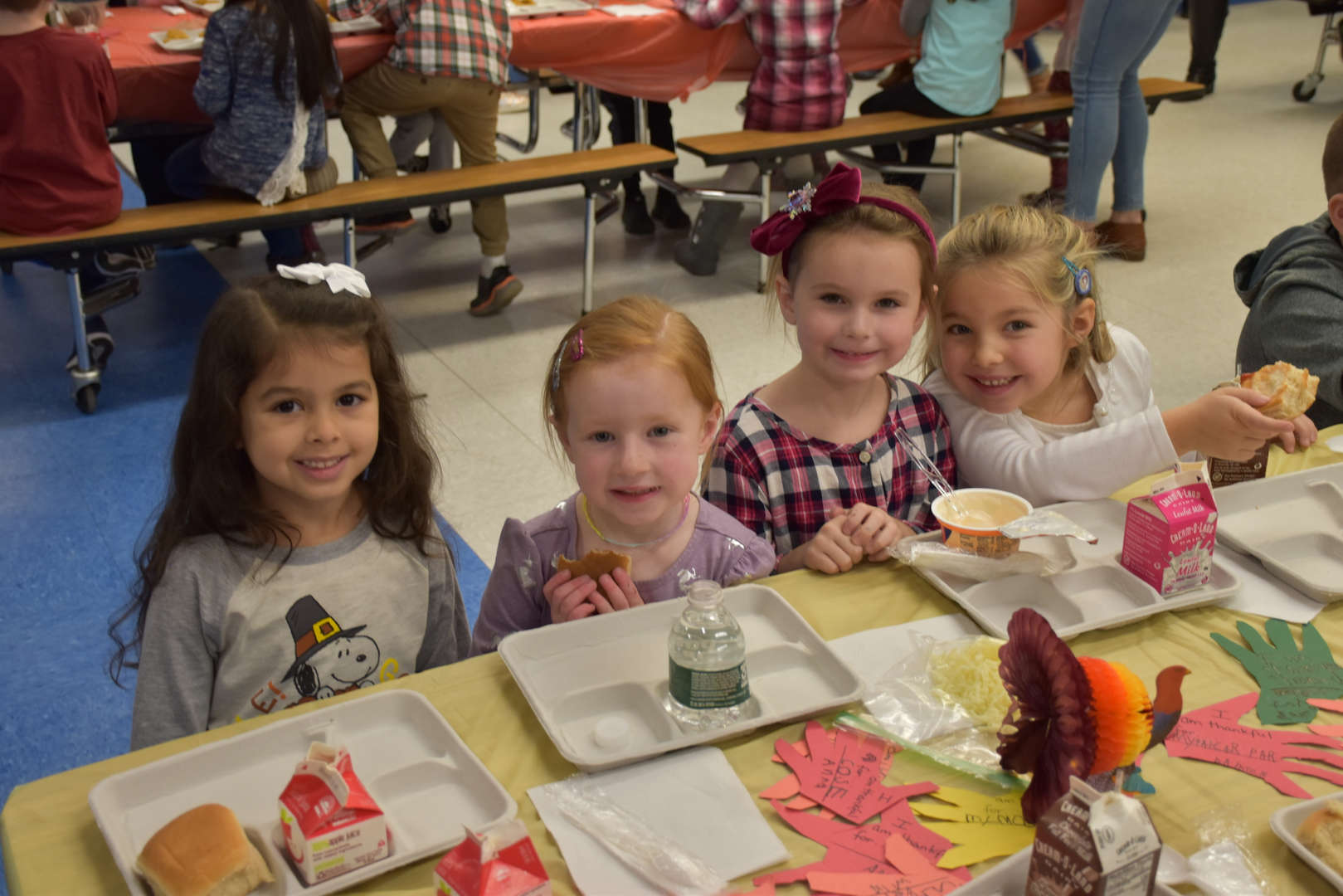 Children eating at Thanksgiving Feast