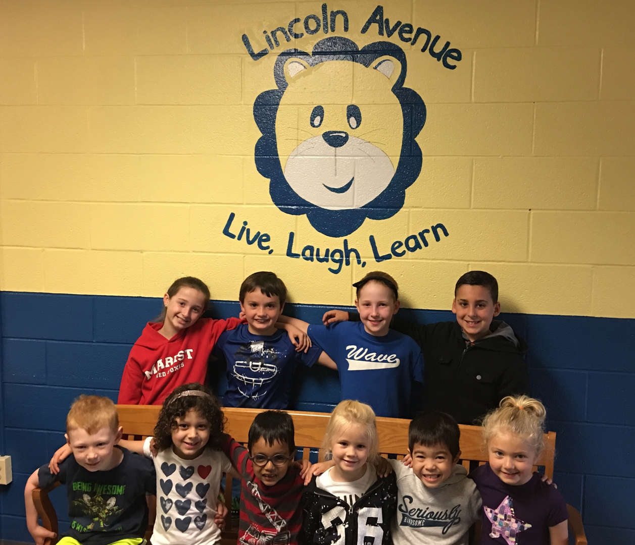 Lincoln Avenue students in the hallway