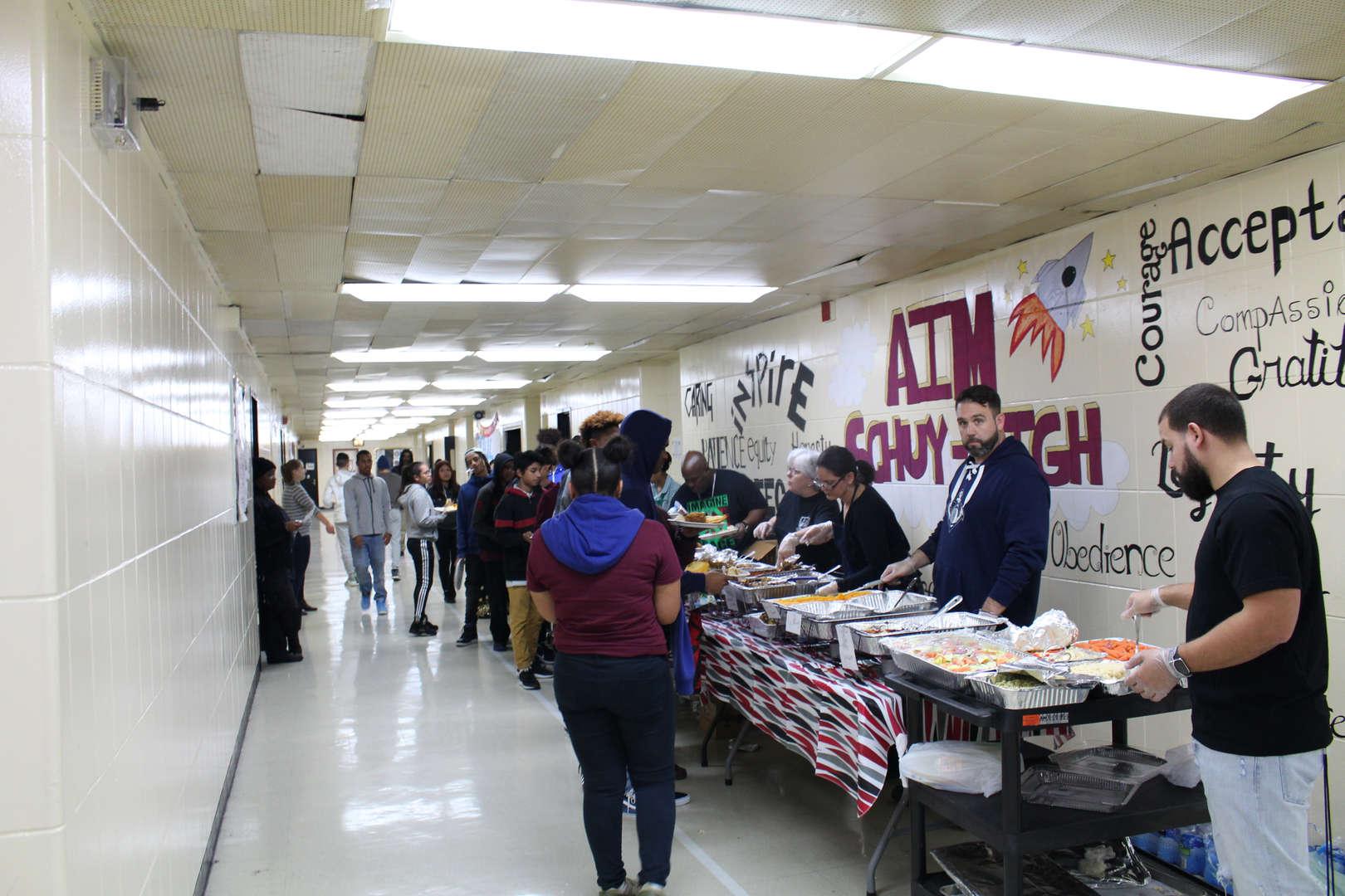 Long line Thanksgiving Feast 2017