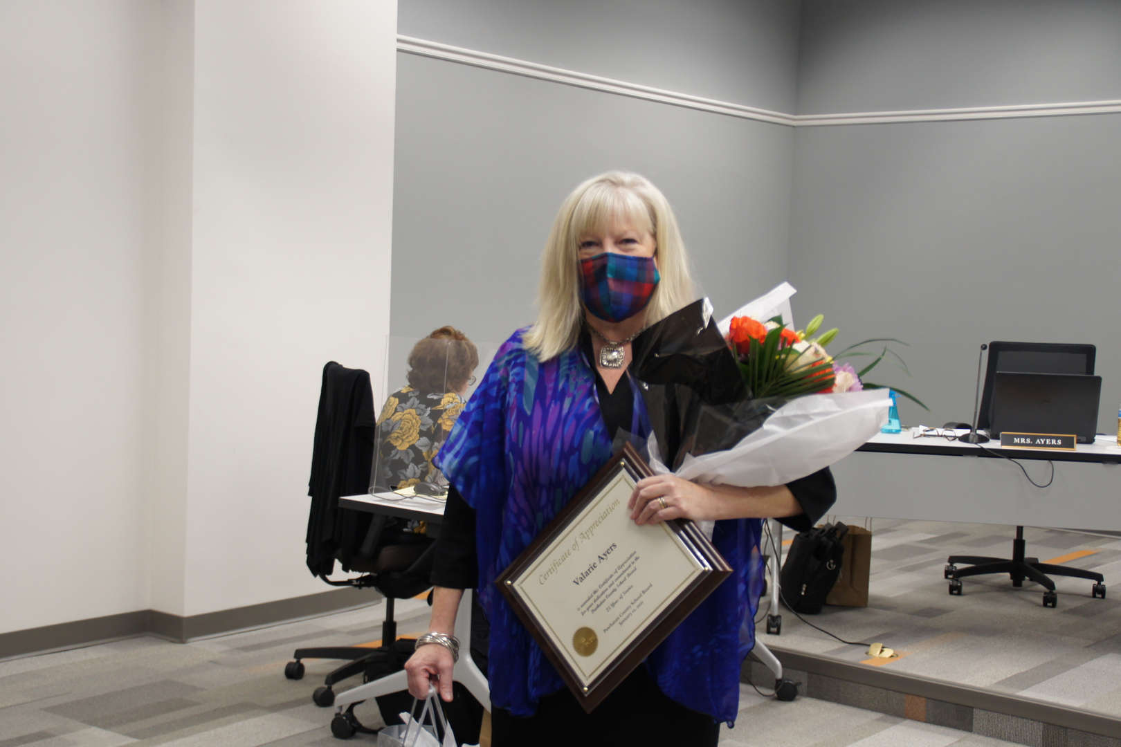 Valarie Ayers receives recognition for 25 years of service